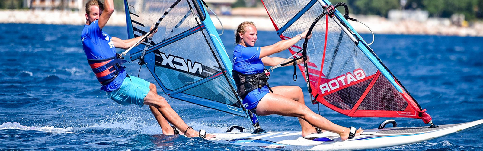 windsurfing-pair