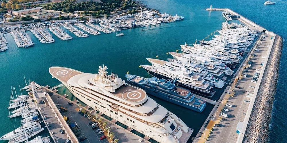 Starting a career on a Superyacht